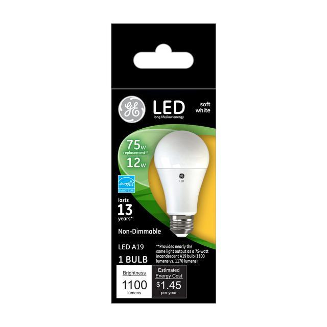 Ensemble avant de GE Soft White 75 W Remplacement LED à usage général à usage général Non dimmable A19 Ampoule lumineuse