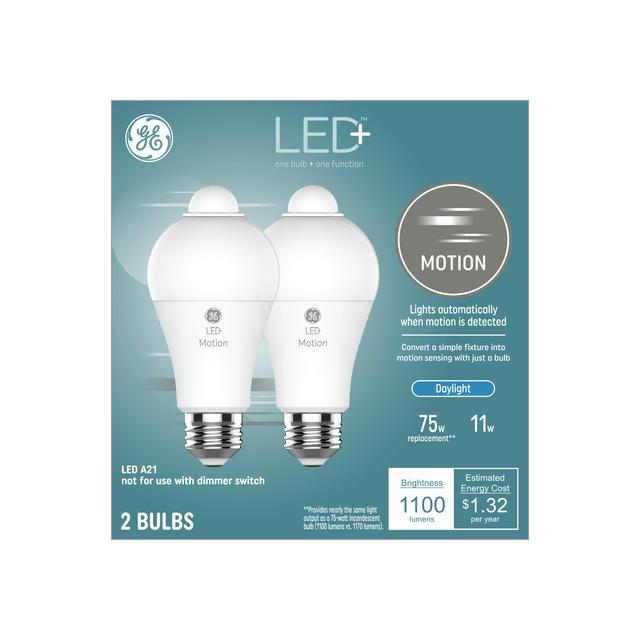 Emballage avant de GE LED + Motion Daylight 75 W Remplacement LED Wet-Rated General Purpose A21 Ampoule de lumière (2-Pack)