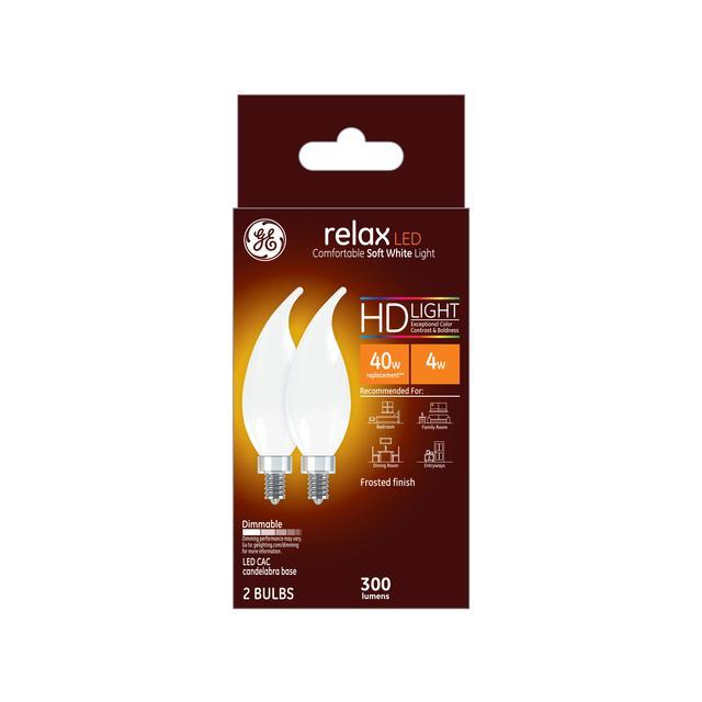 Paquet avant de GE Relax HD Soft White 40W Ampoules LED de remplacement Base décorative à pointe courbée de candélabre CAC (2-Pack)