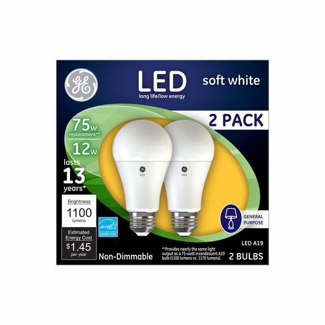 Paquet avant de GE Soft White 75 W Remplacement LED à usage général A19 Ampoule (2-pack)