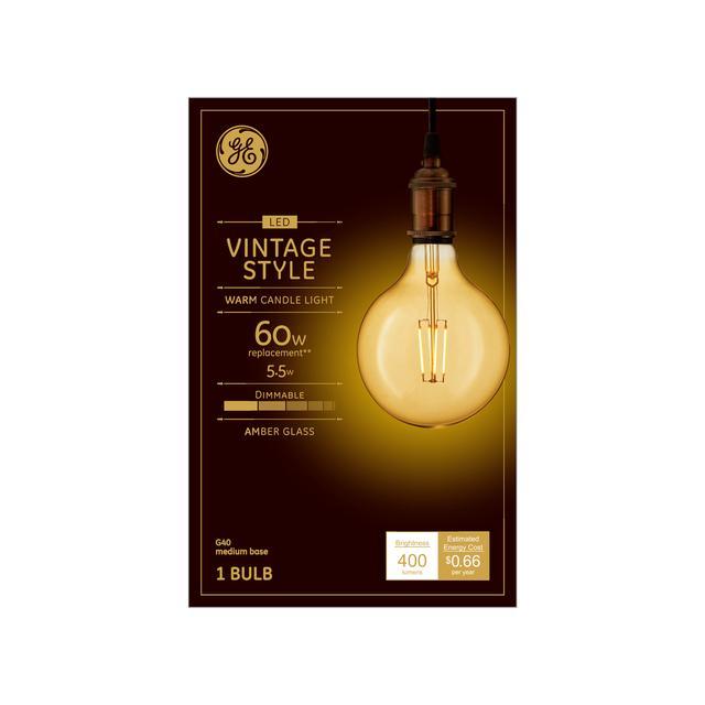 Emballage avant de GE Vintage Warm Candlelight 60 W Remplacement LED Amber Finish Filament droit Décoratif Base moyenne G40 Ampoule de lumière (1-Pack)