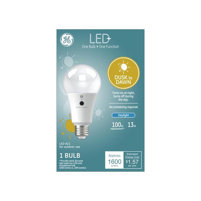 Paquet avant de LED + Dusk to Dawn Daylight 100 W Remplacement LED à usage général A21 Ampoule de lumière (1-Pack)
