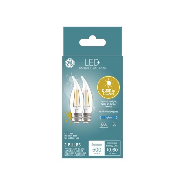 Paquet avant de LED+ Crépuscule à l'aube 60 W Remplacement LED Décoratif Bent Tip Medium Base CAM Light Bulbs (2-Pack)